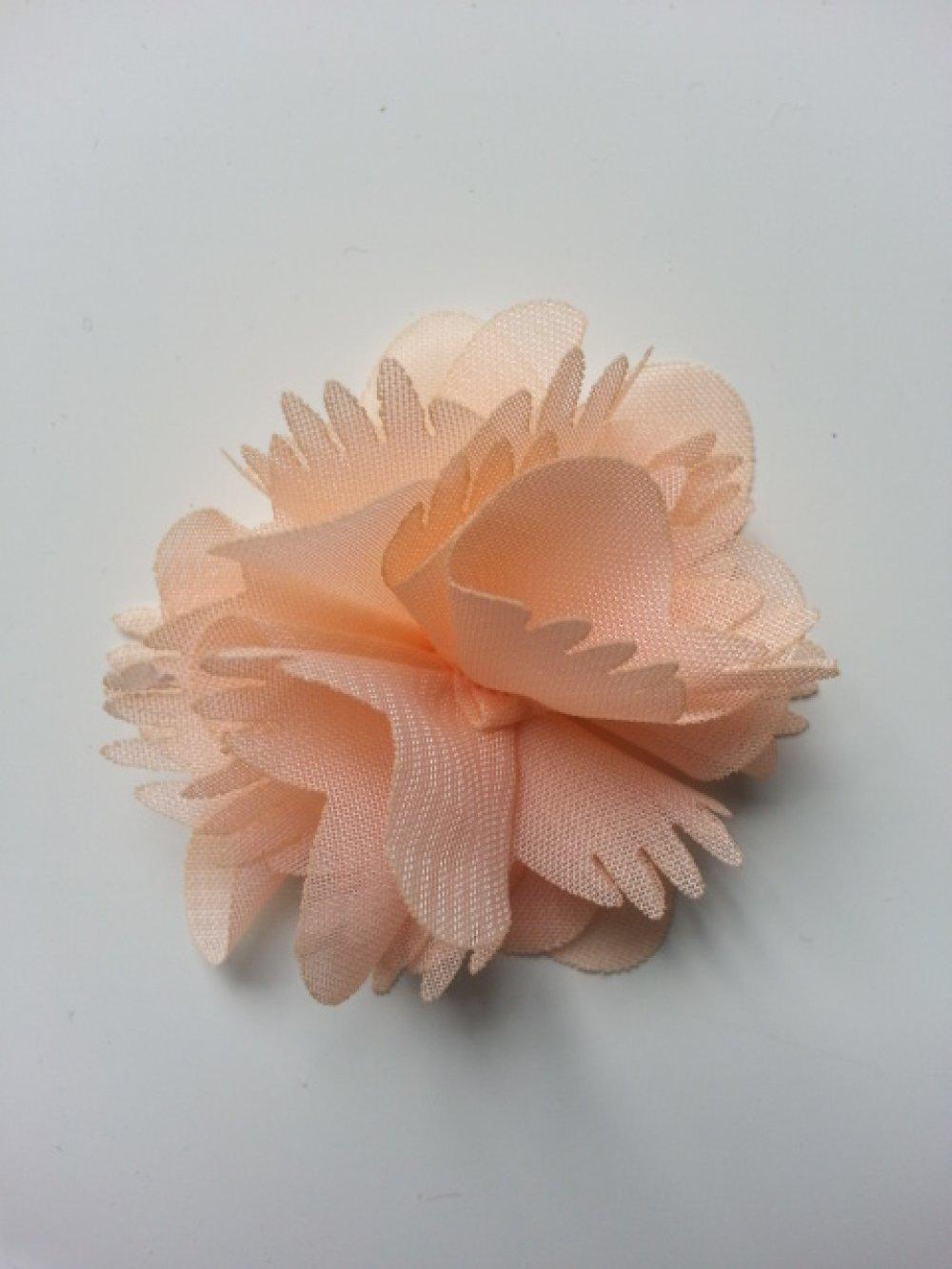 2863287 petite fleur en tissu peche 4 5cm 1
