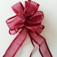 un tres joli noeud automatique  satin et organza bordeaux 9cm idéal décoration mariage