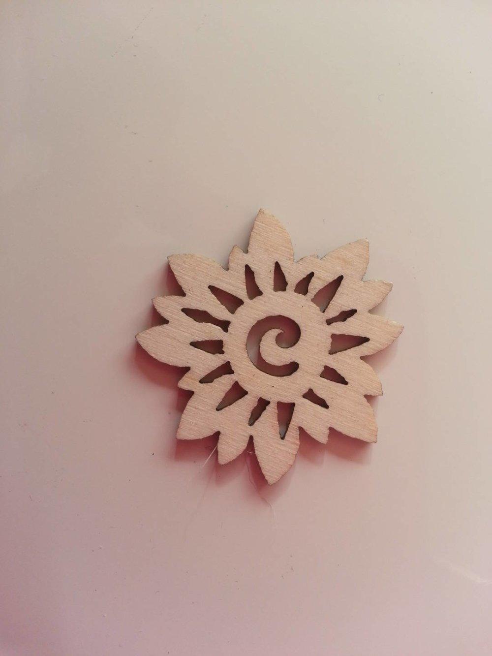 3502673 fleur en bois naturel 30mm 1