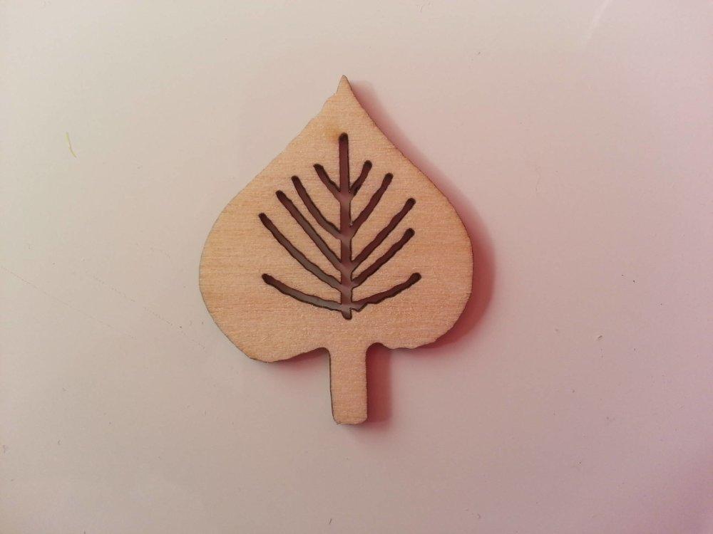 3502690 feuille en bois naturel 35 26mm 1
