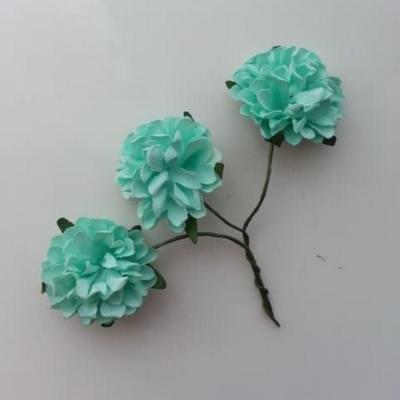 lot de 3 fleurs en papier sur tige vert pastel  2.5cm