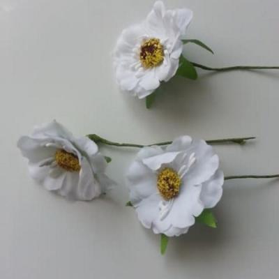 fleurs artificielles en tissu blanc  sur tige lot de 3