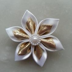 Autres accessoires bijoux 5 cm fleur de satin blanche et dora 7971149 20160519 08111271c9 a6208 236x236