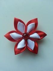 Fleur double en satin rouge et blanc   5cm