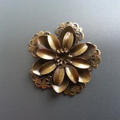Autres accessoires bijoux estampe filigranee fleurs ronde 50 8410336 broche broche o11a8 b2898 236x236