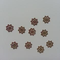 Lot de 10 sequins paillettes fleurs 10 mm marron