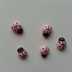 Autres accessoires bijoux lot de 5 coccinelles en bois rose 8816345 bricolage tete bc18 b6f02 236x236