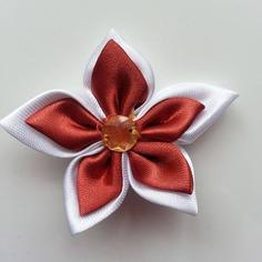 Deco 5 cm double fleur de satin blanche 7898313 barrettes bande84b6 2e034 236x236