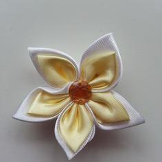 Deco 5 cm double fleur de satin blanche 7898323 embellissementsc82b 83174 236x236