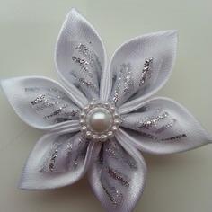 Deco 5 cm fleur blanc et blanc pailleta 8972047 20170124 1656588c64 f1f41 236x236