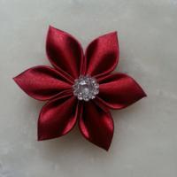 Fleur satin bordeaux 5cm