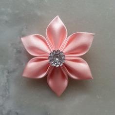 Deco 5 cm fleur de satin peche clair 7947588 barrettes bande4322 c6af2 236x236