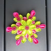 Grande fleur de satin  10/11 cm