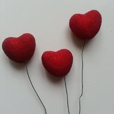 Decoration florale lot de 3 coeurs rouge sur tige 9537829 20170702 120126a8cd 881eb 236x236