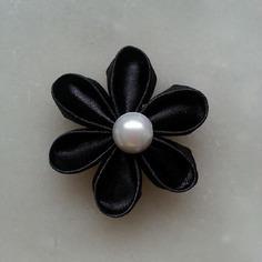Fleur de satin 5 cm pétales ronds noir