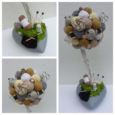 Arbre crochet, tricot, couture beige, gris et camel