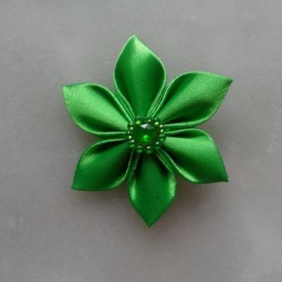 Fleur satin   5cm vert