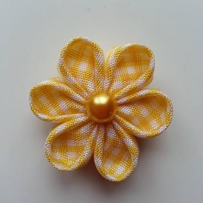 fleur tissu à carreaux blanc et jaune  4 cm  petales ronds