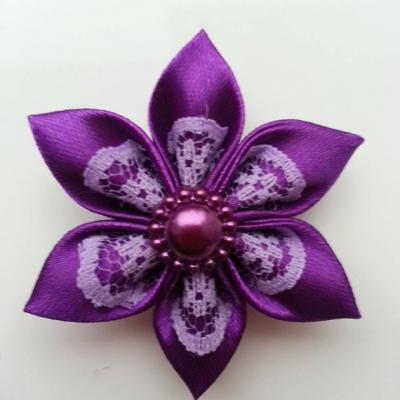 Fleur satin violet et dentelle mauve  5cm