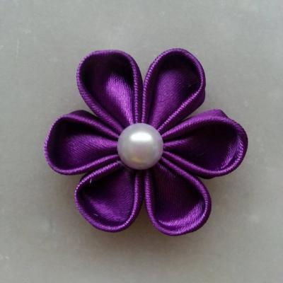 Fleur de satin 5 cm pétales ronds violet