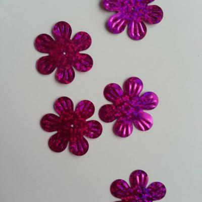 Lot de 5 sequins fleurs 35mm  à reflets rose fuchsia