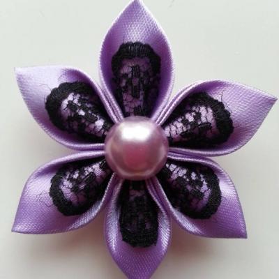 Fleur satin mauve et dentelle noire 5cm