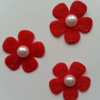 Lot de 3 fleurs perlée en feutrine  25mm rouge
