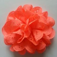 fleur dentelée en tissu orange   10cm