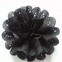 fleur dentelée en tissu noir   10cm