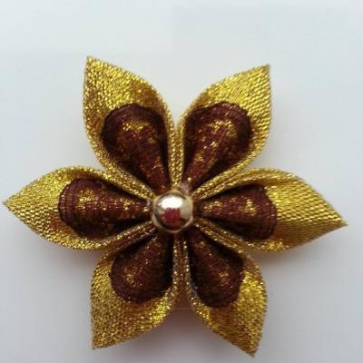 Fleur tissu doré et dentelle marron 5cm