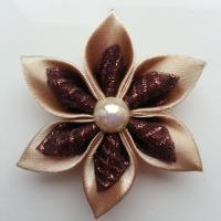 Fleur satin beige et organza pailleté  marron 5cm