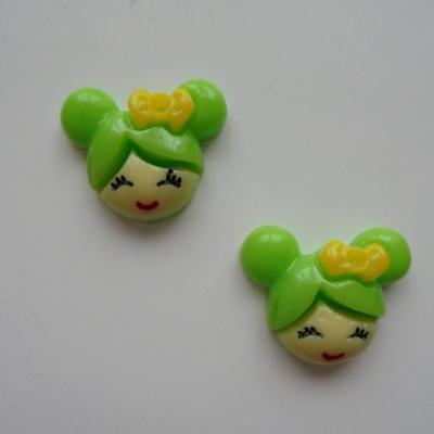 Lot de 2   tête de petite fille 20*18mm vert
