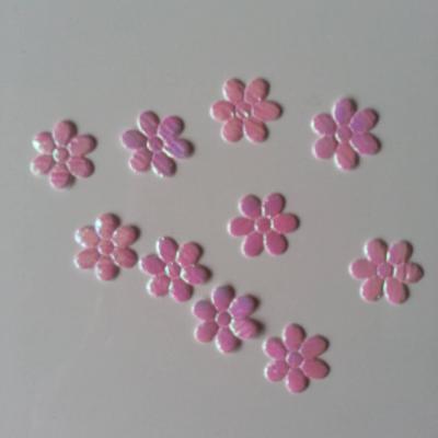 lot de 10 petites fleurs irisées rose    12mm