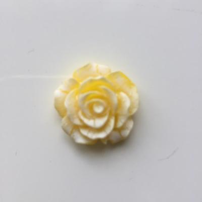 rose en résine 20mm jaune et  blanche