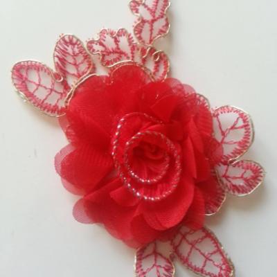 Applique fleur en dentelle  et mousseline 12*8cm rouge