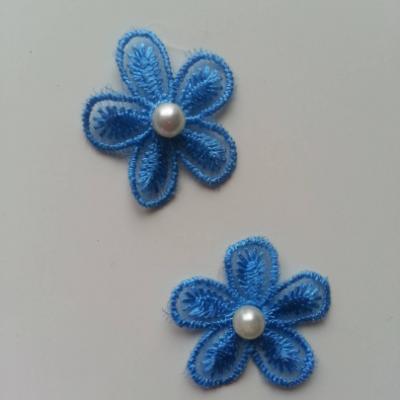 Lot de 2 fleurs en dentelle  30mm bleu