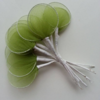 Lot de 10 raquettes en collant sur tige pour dragées ou fleurs en nylon vert