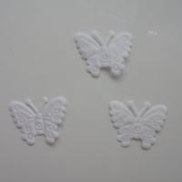 lot de 3 papillons  en satin    27*21mm blanc