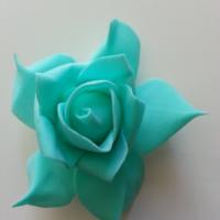 tête de rose en mousse  70mm vert