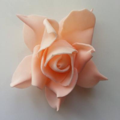 tête de rose en mousse  70mm peche clair
