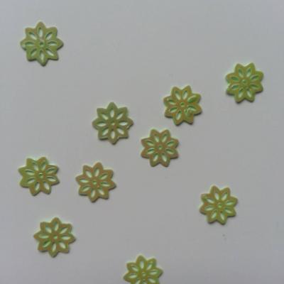 Lot de 10 sequins paillettes fleurs 10 mm vert