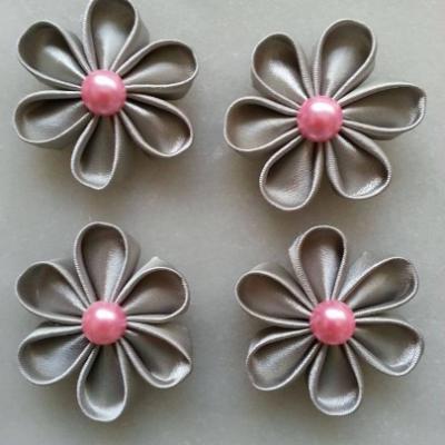 lot de 4 fleurs de satin gris argenté pétales ronds 50mm