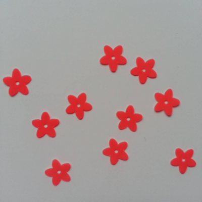 Lot de 10 sequins paillettes fleurs 10 mm orange fluo