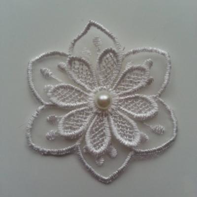 Fleur en dentelle 60mm blanc
