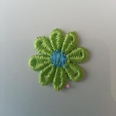 Fleur en dentelle bicolore  30mm vert et bleu