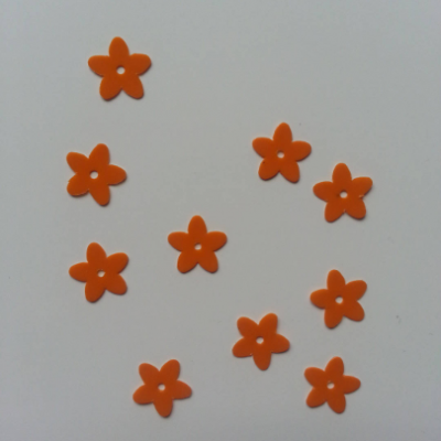 Lot de 10 sequins paillettes fleurs 10 mm orange