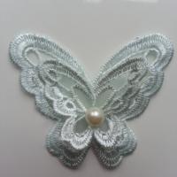 Double papillon en dentelle  65mm vert pastel